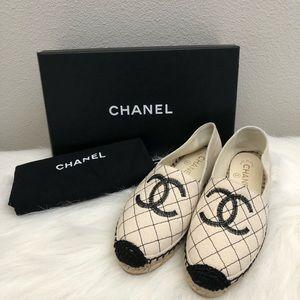 18P Chanel Beige Black Espadrilles Size 36/6